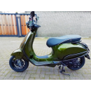 Custom Vespa Sprint Candy Python Green. 25km i-Get. Full options 1