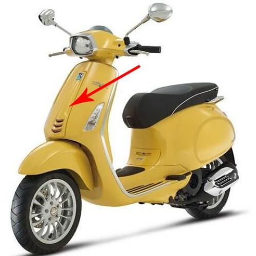 Voorscherm midden Vespa Primavera & Sprint diverse kleuren.